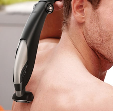 How to use the body groomer on your back and shoulders | Philips